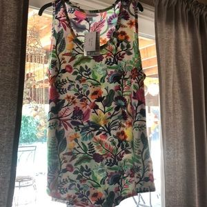 Lularoe tank top flower design size 2xl